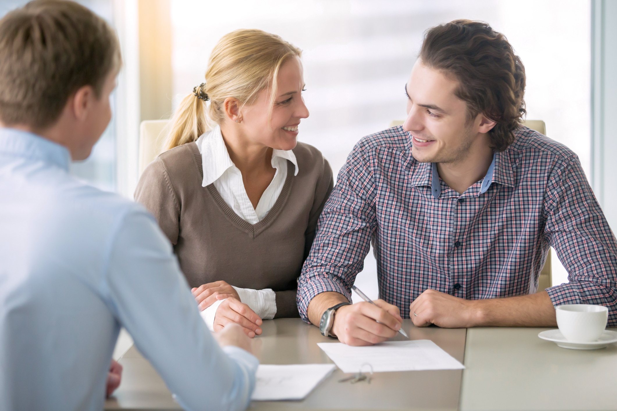 5 Questions to Ask an Insurance Agent for the Best Home Insurance Deals